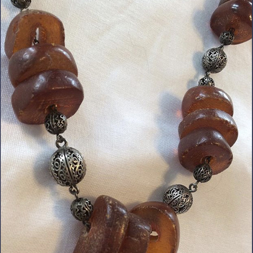 Vintage Amber bead  and silver necklace